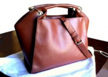 Minority-Owned Handbag Brand Continues to Emerge