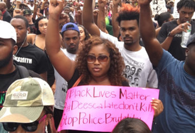 Protestors Demand Arrest of Baton Rouge Police Who Killed Alton Sterling