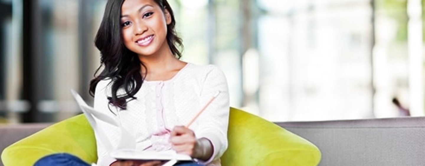 Database Helps Minority Students Find Scholarships They Can Actually Win!