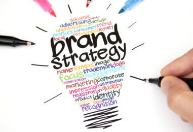 Webinar About How to Empower Employees and Turn Them into Brand Evangelists