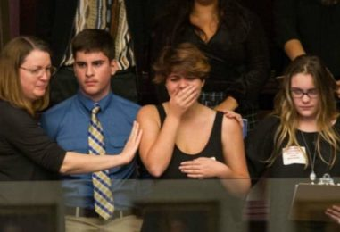 'Cowardly': With Students Present, Florida GOP Votes Down Motion to Consider Assault Rifle Ban