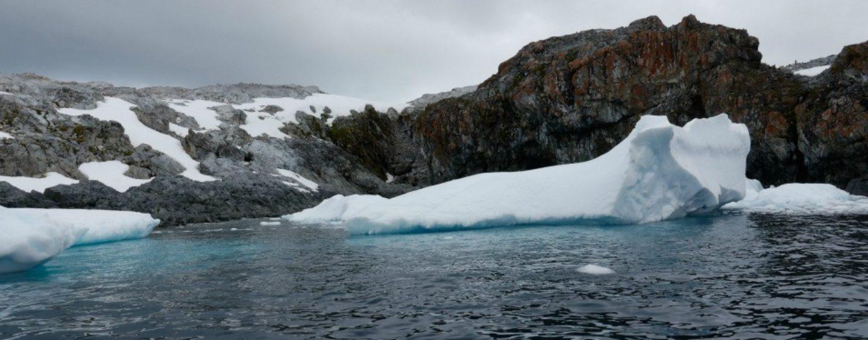 Record-Breaking Temperatures in Antarctica, Scientists Sound Alarm Over Rapid Ice Melt