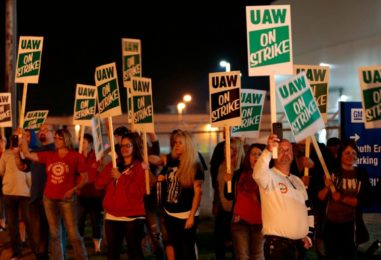'When We Fight, We Win' – Protesting Wages, 50,000 Auto Workers On Strike